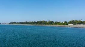 Sikt för Anping strandpanorama i Chaiao Tou Beach Park i Anping Ta arkivbild