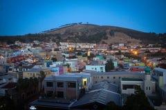 Sikt för Bo-Kaap områdes- och signalkulle, Cape Town royaltyfri fotografi
