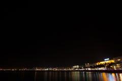 Sikt för Cannes strandnatt, Frankrike Fotografering för Bildbyråer