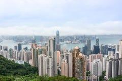 Sikt för cityscape för Hong Kong skyskrapahorisont från Victoria Peak arkivbilder