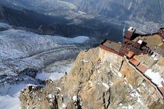 sikt för dal för flyg- för aiguillechamonix destination för du midi maximum för berg panorama- populär touristic Royaltyfri Fotografi