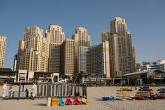 Sikt för Dubai marinastrand, Förenade Arabemiraten royaltyfri fotografi