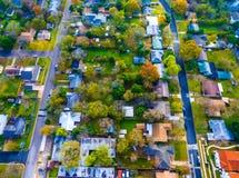 Sikt för fågelöga Autumn Colors Aerial på historiska hem i Austin, Texas Royaltyfri Foto