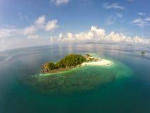 Sikt för fågelöga av Khai Island, Thailand Arkivfoto