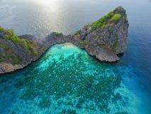 Sikt för fågelöga av mummel ö, Thailand Royaltyfri Foto