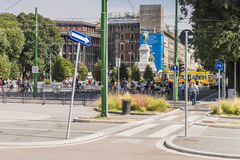 Sikt för gata för Milano stadsmitt arkivfoton