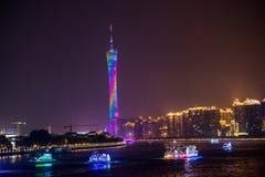 Sikt för Guangzhou torn- och Pearl River natt Royaltyfri Foto