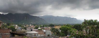 Sikt för hög vinkel av en stad, Mexico - stad, Mexico Arkivbilder