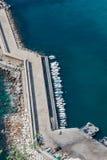 Sikt för hög vinkel av marina i Calpe, Alicante, Spanien arkivbild