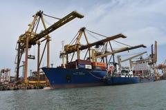 Sikt för hamn [port], Sri Lanka, skepp arkivbild