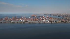 Sikt för industriell port för last flyg- manila philippines royaltyfri fotografi