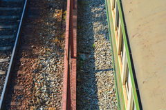 Sikt för järnväg och för drev överst Fotografering för Bildbyråer