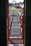 Sikt för järnvägspår Arkivfoton