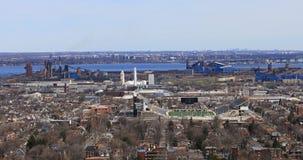 sikt för 4K UltraHD av den Hamilton hamnen från den Niagara brant sluttning lager videofilmer