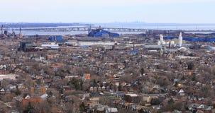 sikt för 4K UltraHD av Hamilton och Burlington från den Niagara brant sluttning lager videofilmer