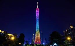 Sikt för kantontornnatt i den Guangzhou staden Kina Arkivbild