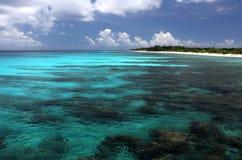 Sikt för Kiritimati ö, hav Arkivfoto