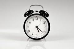 sikt för klassisk klocka för alarm främre Arkivfoto