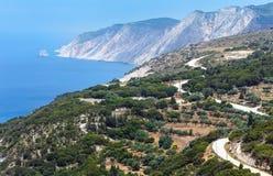 Sikt för kust för Ionian hav för sommar (Kefalonia, Grekland) Fotografering för Bildbyråer