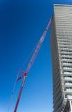 Sikt för låg vinkel av en ofullständig byggnad, Toronto, Ontario, Cana Royaltyfri Foto