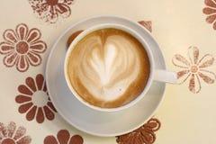 sikt för latte för cafecappuchinokaffe övre Arkivfoton