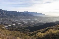 Sikt för Los Angeles County morgondal arkivbild