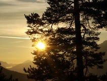 sikt för morgonbergsun Arkivfoto