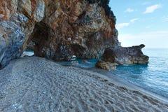Sikt för Mylopotamos strandsommar (Grekland) Arkivfoto