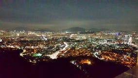 Sikt för Namsan tornstad royaltyfri bild
