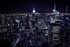 Sikt för New York nattstad royaltyfria foton