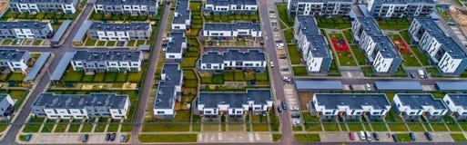 Sikt för nya hus från över Royaltyfri Bild