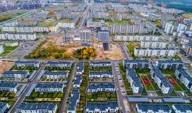 Sikt för nya hus från ovannämnda Litauen Fotografering för Bildbyråer