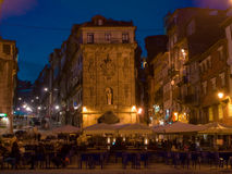 Sikt för Oporto Ribeira fyrkantnatt Royaltyfria Bilder