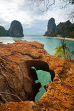 sikt för phra för nang för strandklippakarsts övre Royaltyfri Bild