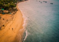 Sikt för Rameswaram havskust från den Pamban bron royaltyfri fotografi