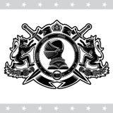 Sikt för riddarehjälmsida i mitt av det runda bältet med korsade svärd mellan lejon Heraldisk tappningetikett royaltyfri illustrationer