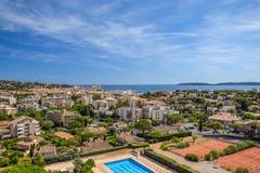Sikt f?r Sainte-Maxime stadpanorama royaltyfria bilder