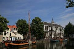 Sikt för Schiedam södra Holland kanalgata Royaltyfria Foton