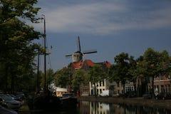 Sikt för Schiedam södra Holland kanalgata Fotografering för Bildbyråer