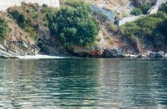 Sikt för sommarKefalonia kust (Grekland) Arkivbilder