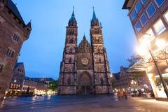 Sikt för St Lawrence kyrkanatt, Nuremberg arkivfoton