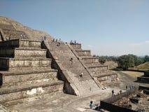 sikt för sun för mexico moonpyramid teotihuacan Royaltyfria Bilder