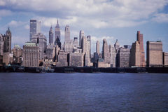 Sikt för tappning 1961 av NYC-horisont Arkivbilder