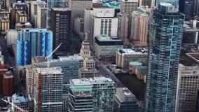 sikt för timelapse för 4K UltraHD A flyg- av Toronto, Kanada byggnader arkivfilmer