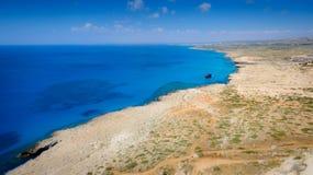 Sikt för uddeGreco kustlinje, Cypern royaltyfri fotografi