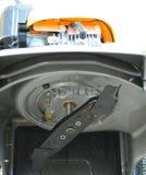 sikt för underkantlawngräsklippningsmaskin Arkivfoton