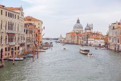 Sikt för Venedig stadskanal royaltyfria bilder