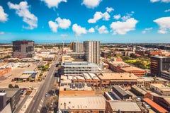 Sikt f?r Adelaide stadshorisont p? en dag fotografering för bildbyråer