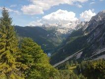 Sikt från över av sjön Gosau Österrike royaltyfria bilder