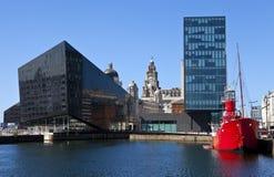 Sikt från Albert Dock i Liverpool fotografering för bildbyråer